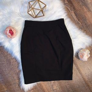 H&M Black Pencil Skirt SIZE 4